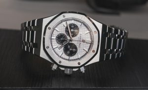 Audemars-Piguet-Royal-Oak-Chronograph-aBlogtoWatch-14